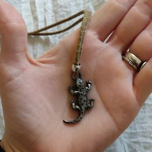 Small metal lizard necklace